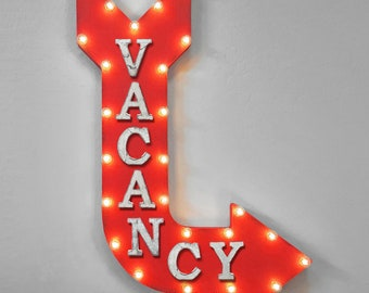 """On Sale! 36"""" VACANCY Metal Arrow Sign - Plugin or Battery Operated - Vacant Hotel Motel Room - Rustic Marquee Light up"""
