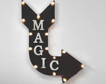 """On Sale! 24"""" MAGIC Curved Metal Arrow Sign - The Gathering Show Perform Performance Trick Card Game Cards - Rustic Vintage Marquee Light Up"""