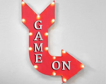 "On Sale! 24"" GAME ON Curved Metal Arrow Sign - Game Play Toys Fun Video Gamer - Plugin, Battery or Solar - Rustic Vintage Light Up Marquee"