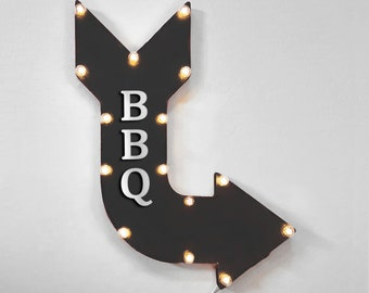 """On Sale! 24"""" BBQ Curved Metal Arrow Sign - Steakhouse Barbecue Grilled Meat - Plugin, Battery or Solar - Rustic Vintage Light Up Marquee"""