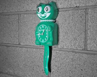 Limited Edition! Official EMERALD GREEN Kit Cat Clock - Lady Girl Female - Jeweled Swarovski Crystals Kit Kat Cat Clock Klock