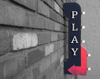 """On Sale! 30"""" PLAY Metal Arrow Sign - Plugin or Battery Operated - Toy Toys Game Gaming Games Fun - Double Sided Rustic Marquee Light Up"""