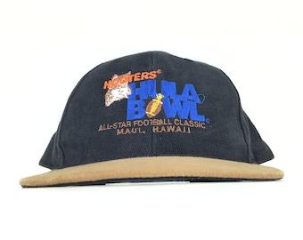 c0f36cbd04245 Vintage 90s Hooters Hula Bowl All Star Football Classic Maui No Ka Oi  Hawaii Baseball Cap Hat SnapBack Men s Size Made In USA