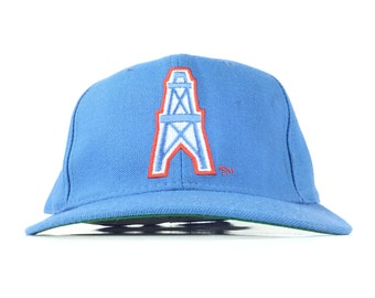 Vintage 90s NFL Houston Oilers Embroidered Baseball Cap Hat Fitted Size 7  Acrylic Wool New Era Brand 9b7f0c6b4e7c