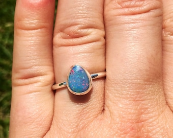 Australian Opal Ring Size 7 - blue opal Ring - Size 7 Ring - australian opal jewelry - australian opal cabochon - blue opal jewelry - 1359