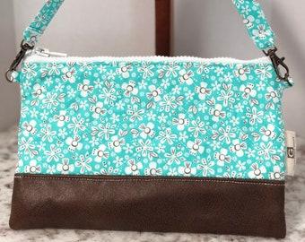 Girls purse Toddler purse Quilted purse Small purse floral purse large wristlet cellphone purse makeup bag handbag Girl purse iPhone 8+ X
