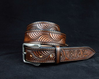 Handmade USA Full Grain Bridle Leather Belt/_S M L XL with Rodeo Cowboy Conchos