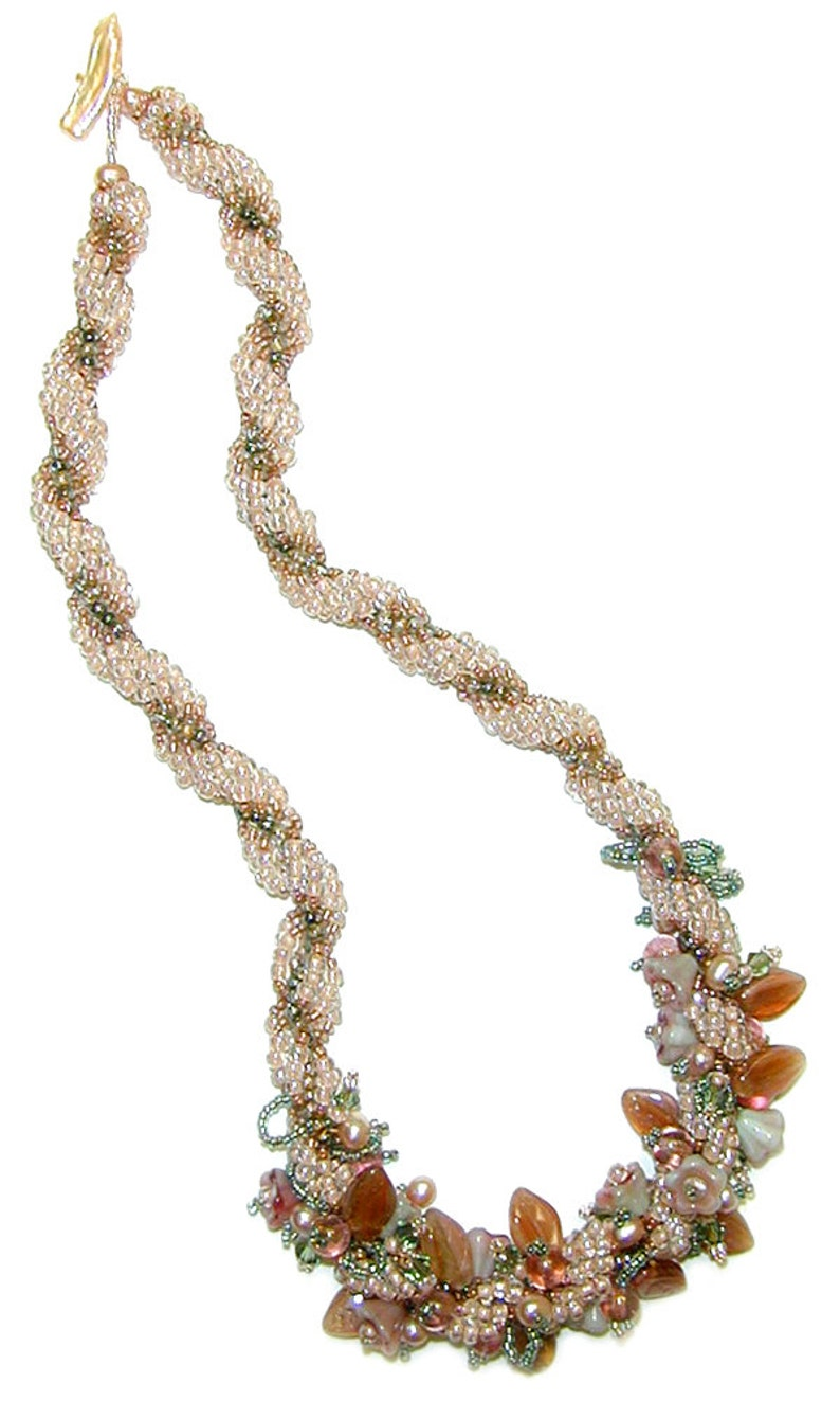 Tea Rose Necklace Spiral Weave Instant Download Pattern image 0