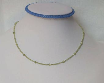 Nature peridot choker with sterling silver beads and extender