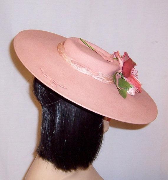 Depression Era-Pink Wool Felt Platter Hat with Ro… - image 2