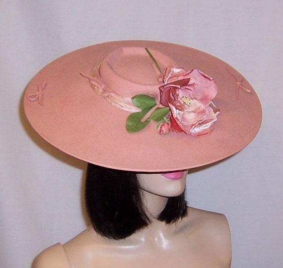 Depression Era-Pink Wool Felt Platter Hat with Ros