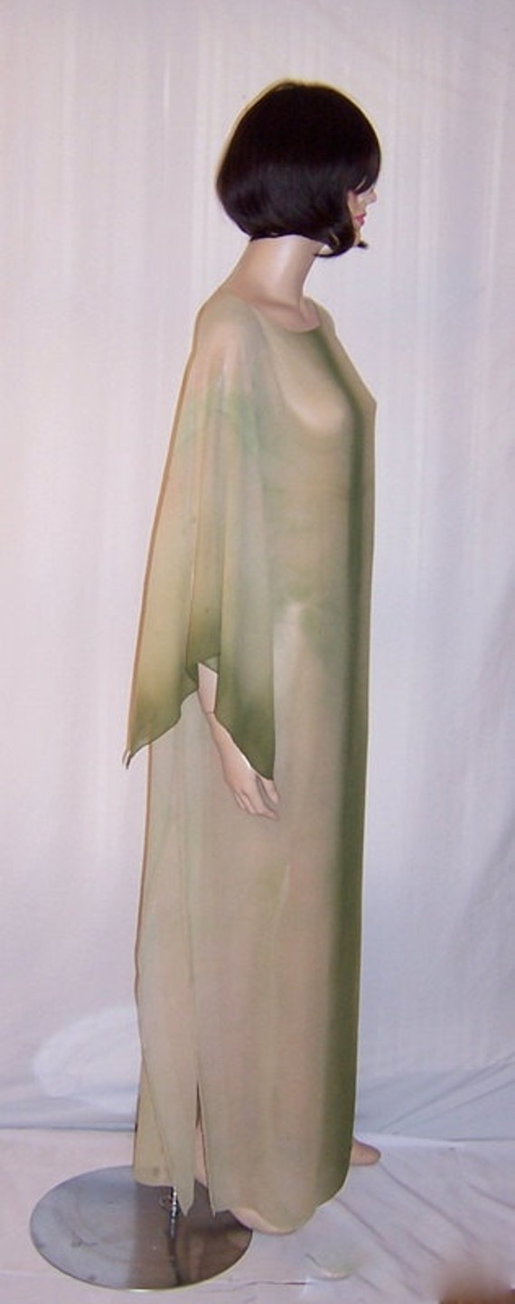 1920's Hand-Dyed, Moss Green, Silk Chiffon Caftan - image 3
