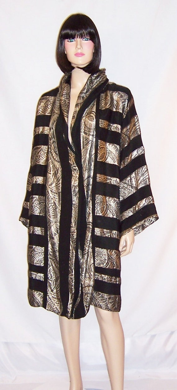 1920's French Silver Lame & Black Silk Art Deco Ev