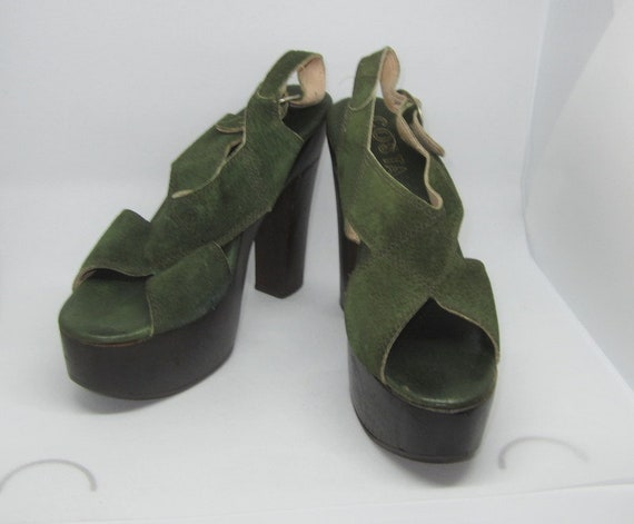 Authentic 1970's Green Suede and Wooden Platform … - image 2