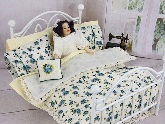 Brilliant Doll Bedroom Dollhouse Bedding Dolls Bed Mini Dolls House Cottage Chic Teal Blue Diorama Roombox Miniature Bed Linen Comforter Coverlet Home Interior And Landscaping Staixmapetitesourisinfo