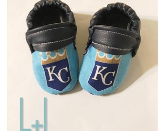 1e08bcda72add3 Kansas City Royals Baseball Handmade Baby Moccasins (child moccasins