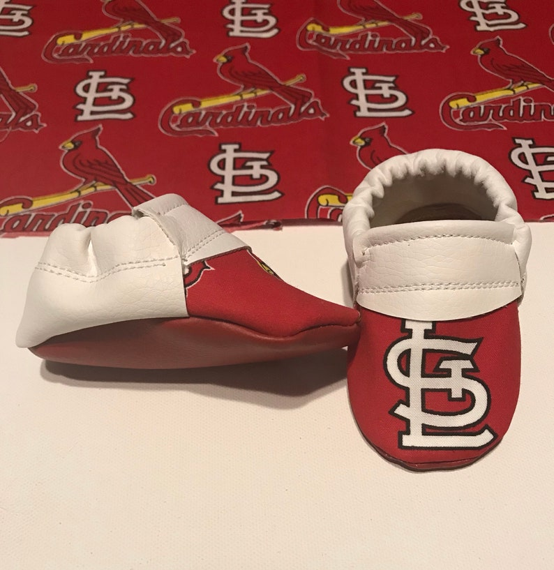 b64788ef70abc St. Louis Cardinal MLB Baby Moccasins (child moccasins, Baby Shoes, baby  slippers, baby booties, affordable