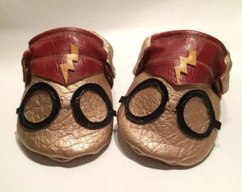 Harry Potter Moccasins| Faux Leather Baby Moccasins | Baby Shoes | Baby Booties | Toddler shoes | Baby Moccs