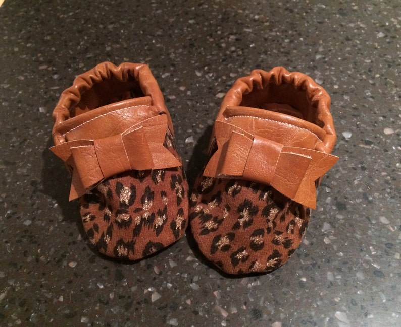 70c2a062f1d0 Cheetah Print and Faux Leather Handmade Bow Moccasins Baby | Etsy