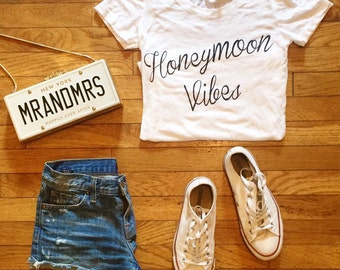 Honeymoon Vibes T-shirt - On Sale