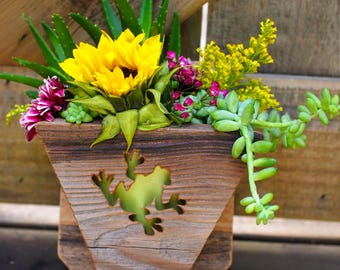 Succulent planter - Frog -hanging planter- vertical garden - reclaimed wood - wall art - succulent pot - wooden planter box - unique gift