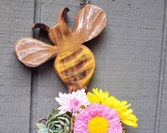 Bee planter , Bumblebee planter , Rustic , Succulent hanging planter , tropical decor , vertical garden , wood wall art  - Get gift ideas!