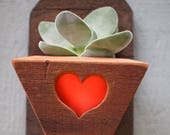 Small succulent planter - Air plant holder - Reclaimed wood wall hanging planter - Rustic - Wall decor - Vertical garden - Indoor - Outdoor