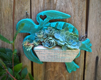 Turtle Wall hanging  vertical  garden repurposed fence board Succulent Garden planter - Perfect for succulents!