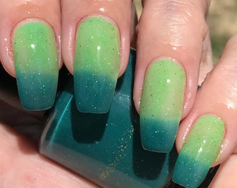 Clover  thermal nail polish