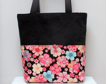 c83f1733e4ed Bag in black velvet and fabric Japanese flowers