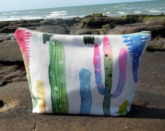 Toiletry bag in colorful cactus and white fabric