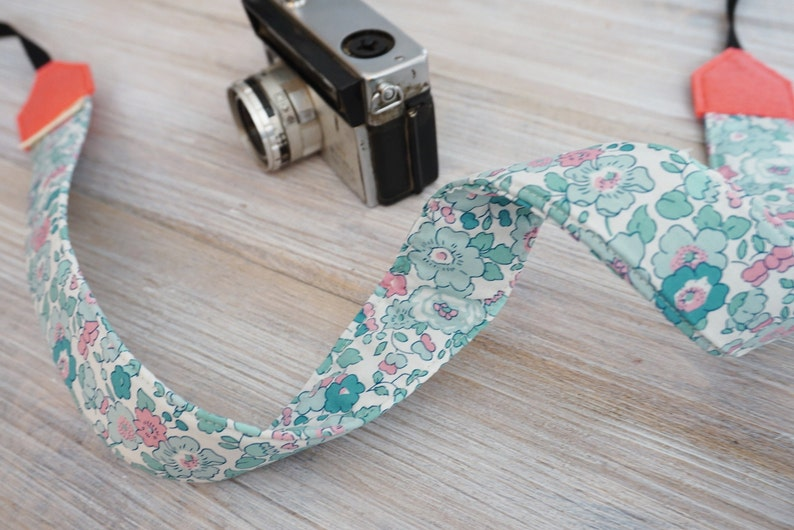 Crossbody DSLR Camera Strap Photography Geeks Limited Quantity Mint Camera Strap NEW for 2021 Liberty Betsy Y Mint
