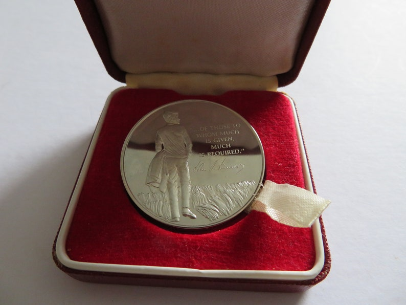 1973 John Pinches Sterling Silver J.F.Kennedy Memorial Medal Box /& Manual