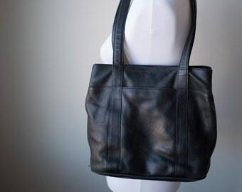 f296e6b398b30 Vintage Orvis Black Leather Shoulder Bag, Orvis Leather Purse, Vintage  Leather, Fall Bag, Winter Bag