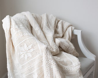 Vintage Handmade 100% Ivory Cotton Lace Crochet Coverlet, Blanket, Full to Queen