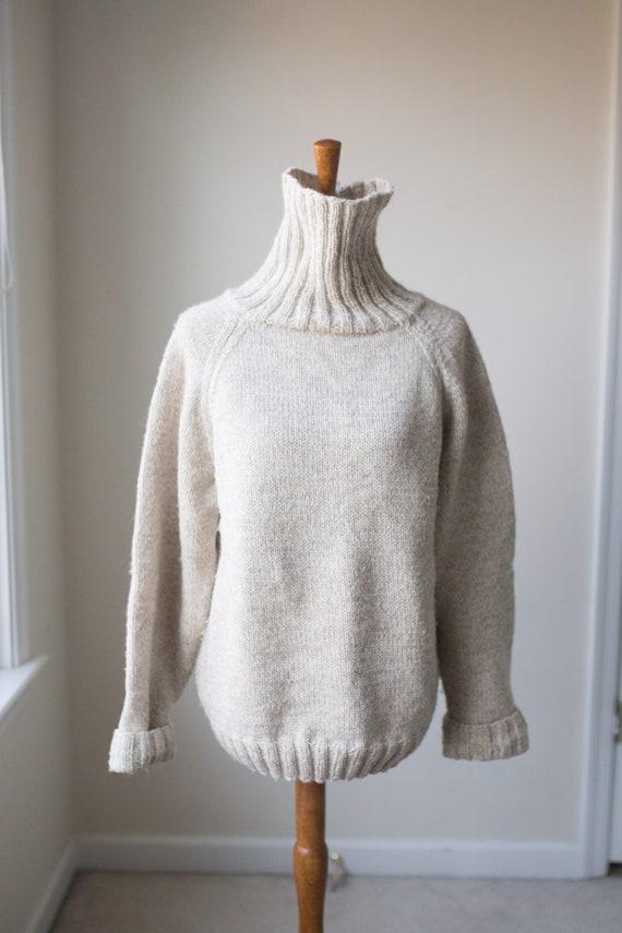 Vintage Hand Knit Chunky Turtleneck Sweater   Vint
