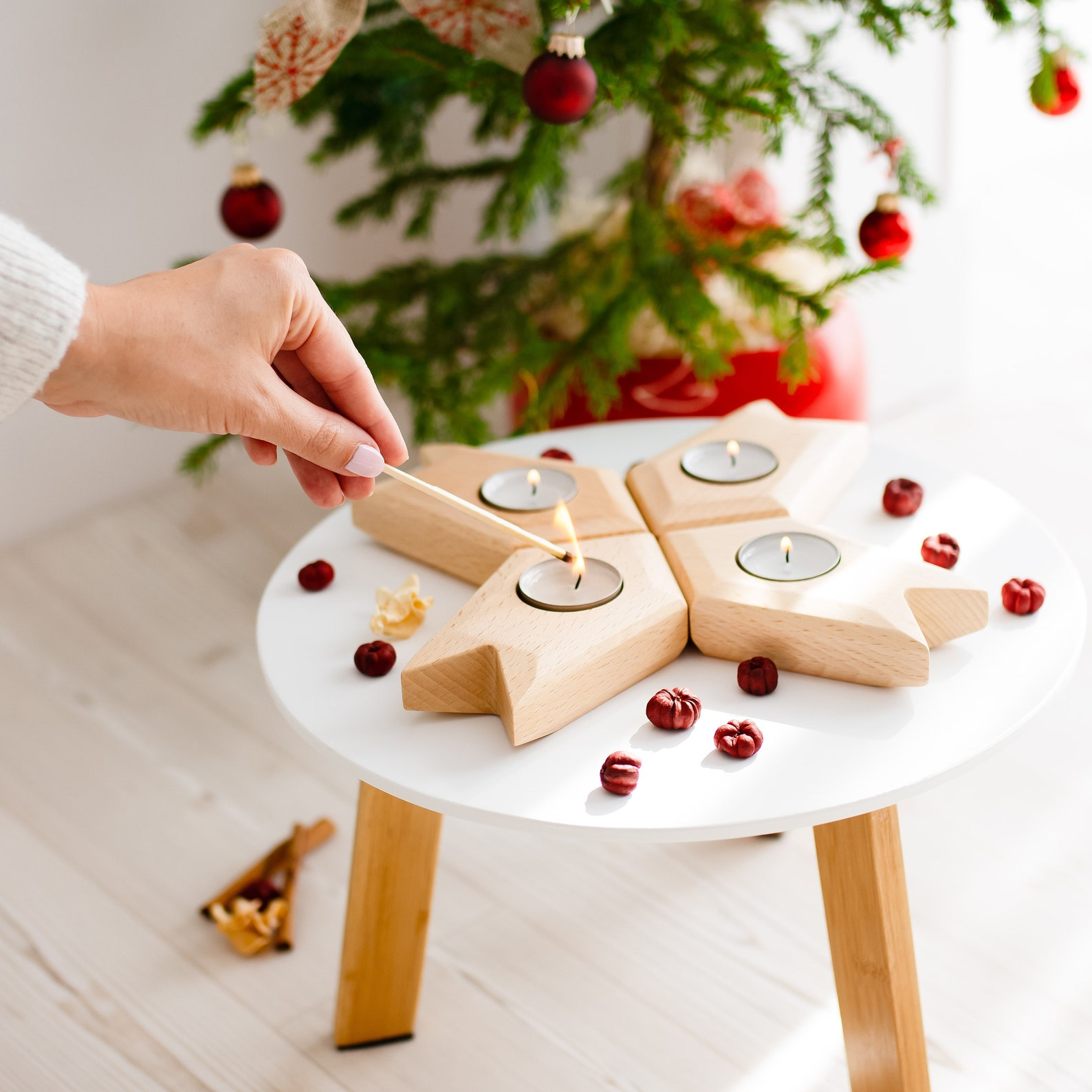 Advent Wreath Candle Holder,