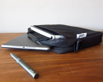 Ipad/ Notebook carry bag with shoulder strap