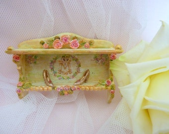 1:12 Cinderella Wall-doll house miniature furniture-with modelled roses and monogram-glass slippers-fairy tales and fairies