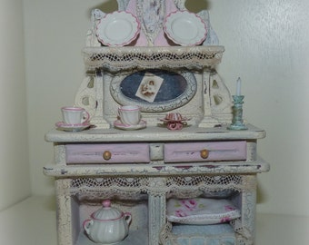 Doll house 1:12 Miniature Furniture-Antique buffet in white-pink-wardrobe-shabby chic/country house tableware Candle Pillow