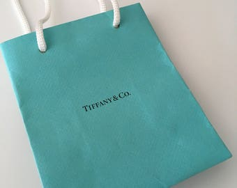 6a558398fa Tiffany & Co Shopping Bag Jewelry Presentation Gift Bag Blue Bag