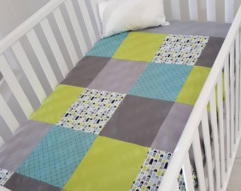Blanket Quilt blanket for babies - size crib - Navy gray and Green - ready to ship