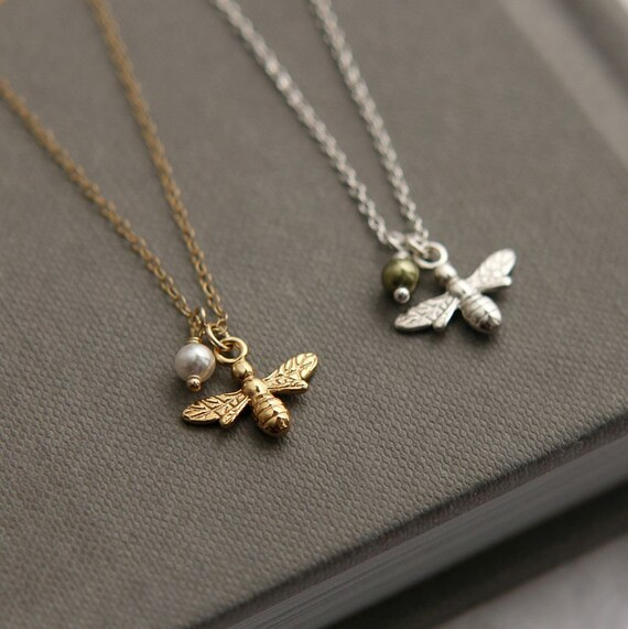 Small bee necklace Bee charm Dainty gift Delicate bee chain Sterling silver bee pendant on chain Bee necklace Honeybee jewelry