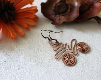 Copper Celtic earrings, Hammered copper earrings, copper swirls dangle earrings,oxided wire wrapped earrings,ooak rustic copper jewelry