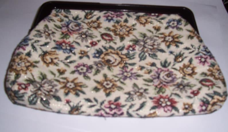 vintage floral pattern clutch