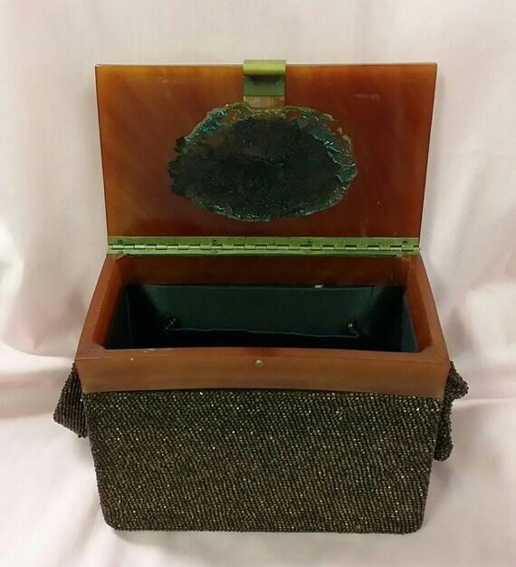 1930's Beaded Box Purse with Bakelite Top - image 5