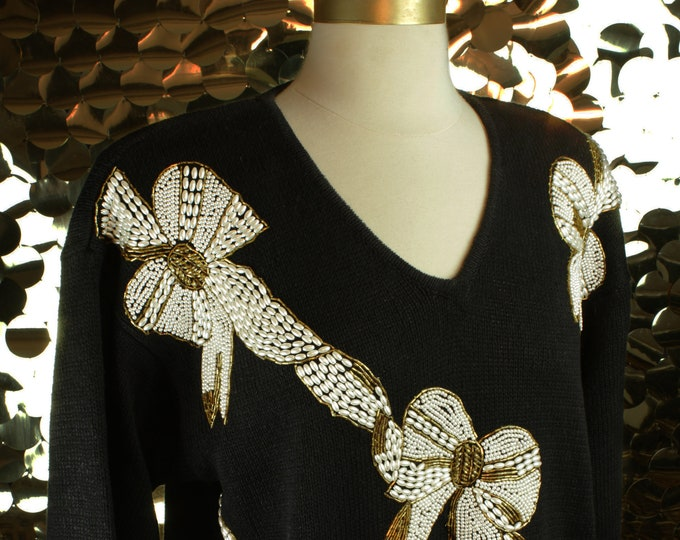 NEW Victoria Harbour Black + White +Gold Bow Sweater