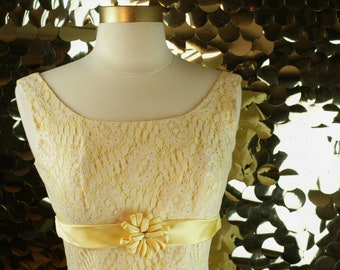 52cc02c2c2 LOVELY 60s 70s Vintage Canary Yellow Lace Dress  VTG  Formal Gown   Cocktail  Party Dress  Prom Maxi  Empire Sheath  Small  Wedding  Pastel
