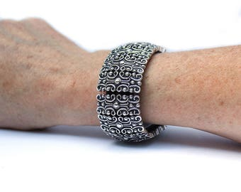 FitBit Inspire Band Cover Bracelet and FitBit Inspire 2 Band Bracelet: Antique Silver Sandringham Scroll without Window