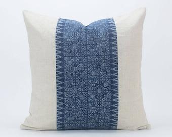 Kussen Wit 18 : Batik blauw kussen etsy